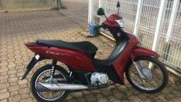 Moto HONDA BIZ 2014 - único dono