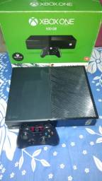 Xbox one em ótimas condiçoes