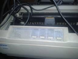 Matricial Epson LX300. Local de fácil acesso
