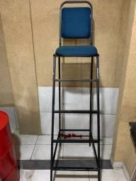 Cadeira alta pra loja 71- *