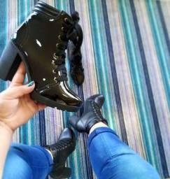Lindas botas e coturnos femininos para vc arrasar neste inverno...