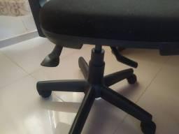 Título do anúncio: Cadeira de escritório Cavaletti