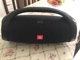 Caixa JBL Boombox