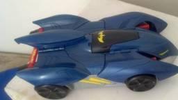 Brinquedo Carro raro do Batmam tranform e ataque