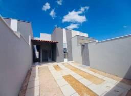 JP linda casa nova com 3 quartos 2 banheiros com fino acabamento