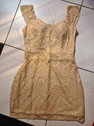 3 lindos vestidos m pelo preço de 1
