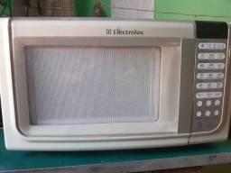 Microondas eletrolux 25l usado