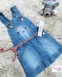 Jardineira infantil jeans