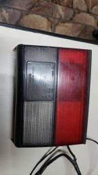 Lanterna trazeira do Santana ano 2000