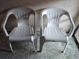 Título do anúncio: Vendo 2 cadeiras tramontina por 90 as duas