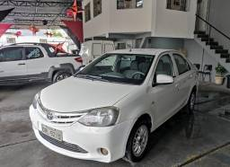 Título do anúncio: Toyota Etios 2014 1.5 sedan, completo de tudo,