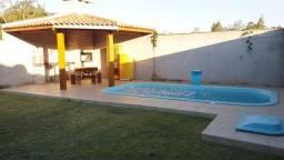 Título do anúncio: Casa semi-mobiliada com piscina para alugar