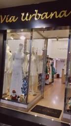 Passando o ponto da loja com toda montagem para Roupas feminina