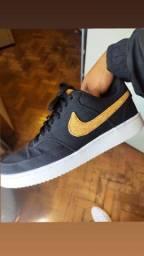 Título do anúncio: Tênis Nike Court Vision Preto e Branco N°41