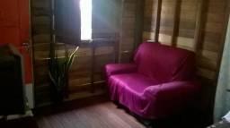 Casa em área de ponte com 3 quartos-Bairro Jardim Equatorial