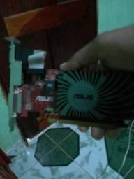 Placa de Vídeo 1 giga DDR3
