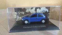 Miniatura do Corsa Hatch e da Kadett Ipanema