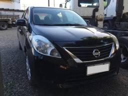 Nissan Versa SV 1.6 Flex/ Modelo 2013/ Oportunidade - 2013