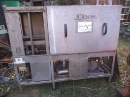 Máquina industrial lava louças