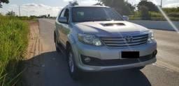 SW4 nova extra - 5 Lugares. carro de garagem - 2014