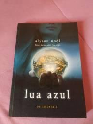 Livro Lua Azul