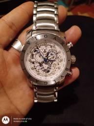 Relógio skeleto bugari