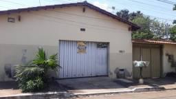 8456   Casa à venda com 4 quartos em Garavelo B, Goiânia