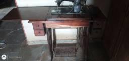 Máquina costura Singer automático