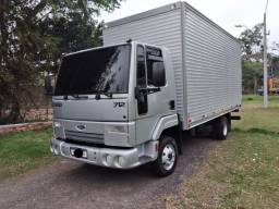 Ford Cargo 712 3/4