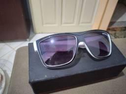 Óculos QuikSilver novo com caixa MUITO BEM PRESERVADO