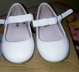Sapato Branco Tamanho 23
