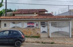 Casa com 06 suítes para locação - R$ 3.000,00 - Roque/ PVH