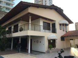 Linda residência M² super valorizado em Adrianópolis com mega estrutura para negócios
