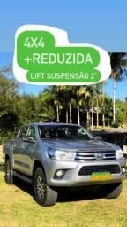 Título do anúncio: Toyota Hilux SRV 2017
