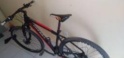 Vendo bike aro 29  R$ 1600