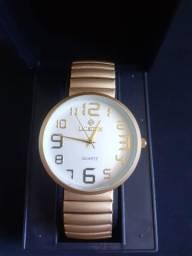Relógio Feminino Dourado Fosco
