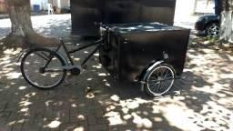 Triciclo baú