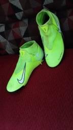 Chuteira da Nike nova