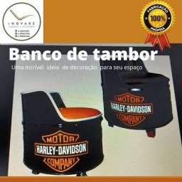 Título do anúncio: Vende se poltronas de tambor com acentos em courrisimo.