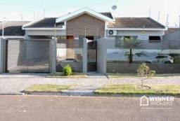 Linda Casa com Piscina em terreno inteiro à venda, 164 m² de construção por R$ 570.000 - M