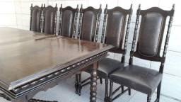 Leiaaa Mesa e 6 cadeiras de couro . ímbuia Colonial