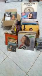 Livros antigos e cds