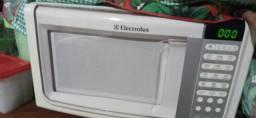 Microondas electrolux 23 l