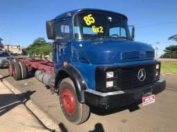 Caminhão MB 1113 ano 85 trucado