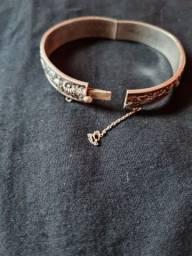 Bracelete de prata antiga