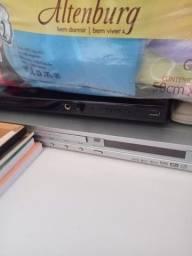 2 aparelhos de DVD