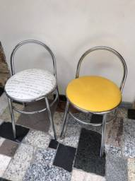 Vende-se 2 cadeiras