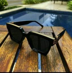 Título do anúncio: Óculos de sol Louis vitton millionare preto