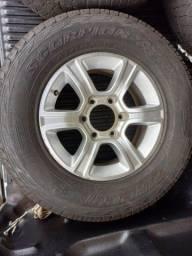 Rodas S10 com pneus em ótimo estado
