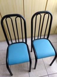 Título do anúncio: Cadeiras em metal